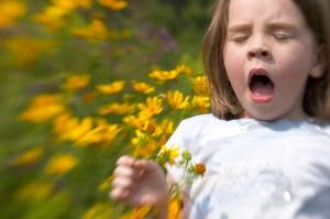 Little_Girl_Sneezing