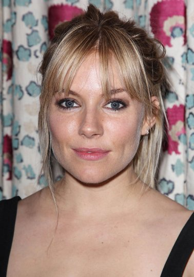 sienna-miller-just-like-a-woman-film-screening-no-make-up-fresh-faced-beauty-look-06-06-2013-jpg_101028
