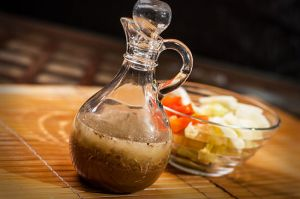 550px-Make-Italian-Dressing-with-Apple-Cider-Vinegar-Step-4